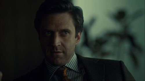 Hannibal-S2Ep6-Futamono-Review-Raúl-Esparza-as-Dr.-Frederick-Chilton