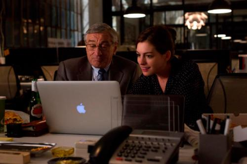 "Robert De Niro is Ben Whittaker and Anne Hathaway is Jules Ostin in ""The Intern."" rkimball@abqjournal.com Wed Sep 16 13:54:11 -0600 2015 1442433245 FILENAME: 199156.jpg"