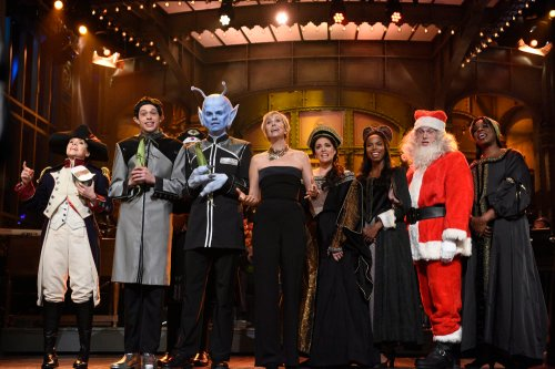 "SATURDAY NIGHT LIVE -- ""Kristen Wiig"" Episode 1711 -- Pictured: (l-r) Kate McKinnon as Napoleon, Pete Davidson, Kristen Wiig, Cecily Strong, Sasheer Zamata, and Leslie Jones during ""Kristen Wiig's Thanksgiving Monologue"" on November 19, 2016 -- (Photo by: Will Heath/NBC)"